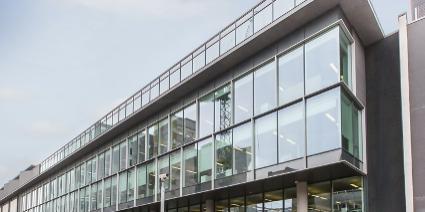iQ building